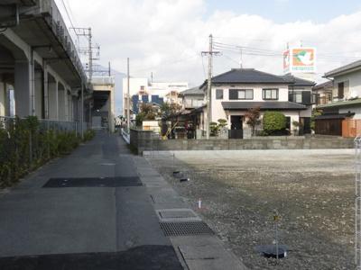 東側前面道路別カット