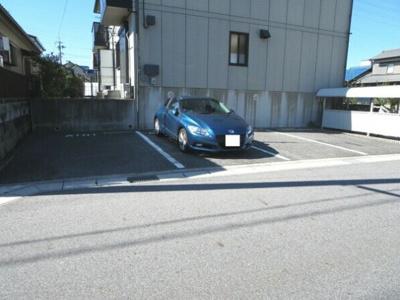 【駐車場】メゾン・ダリアA