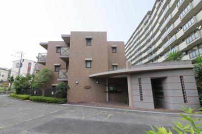 【現地写真】 総戸数28戸のマンションです♪