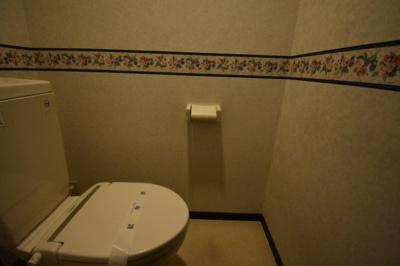 ウォシュレット完備のトイレです。