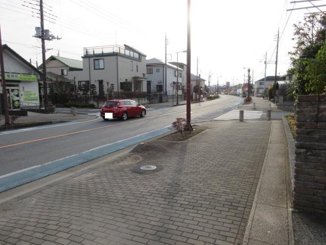 【前面道路含む現地写真】坂戸市にっさい花みず木5丁目 売地
