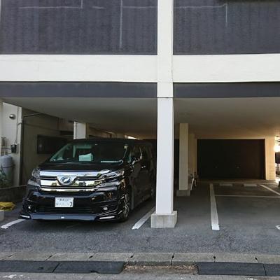 【駐車場】おもちゃの家