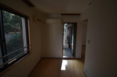 【内装】元麻布の閑静な住宅街に佇む低層高級マンション 元麻布フォレストプラザⅡ