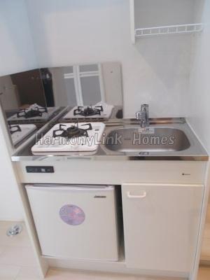 ハーモニーテラス千川のコンパクトなキッチンで掃除もラクラク(同一仕様写真)☆