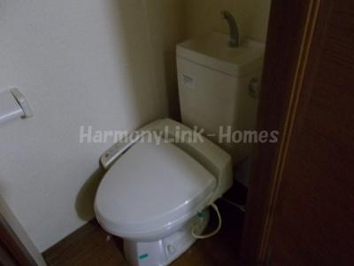 アーバンプレイス高田馬場Cのコンパクトで使いやすいトイレです☆