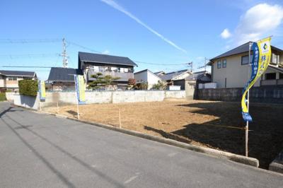 二世帯住宅もご検討いただける広い敷地です