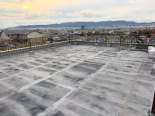屋上からは伏見桃山城や京都タワー、大文字山が望めます。