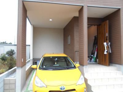 駐車場です。大幅価格変更です。1690万円になりました。年末年始対応します。お電話下さい。