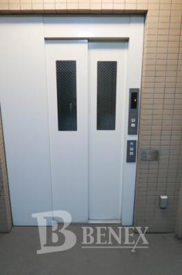 日神パレステージ東新宿イーストフォートの共用部分です