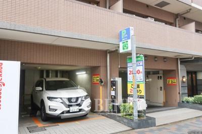 日神パレステージ東新宿イーストフォートの駐車場です