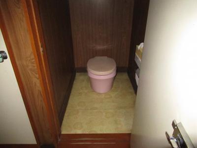 【トイレ】能代市二ツ井町荷上場・中古住宅