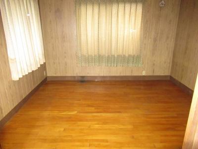 【洋室】能代市二ツ井町荷上場・中古住宅