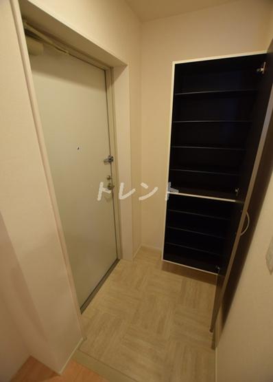 【玄関】クレストコート神楽坂