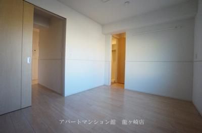 【内装】エミリオ・クレストA