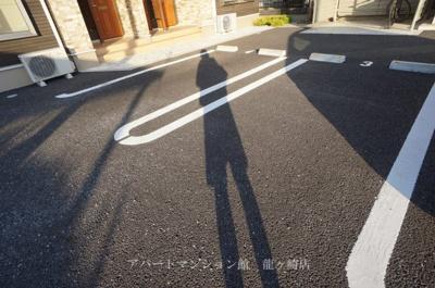 【駐車場】エミリオ・クレストA