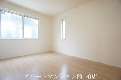 【寝室】オーク大島田A