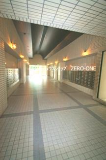 駅近く お買い物も便利な環境です
