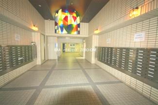 月々4万円台で購入可能な3LDK 改装済のマンションです 設備保証付きですから安心です