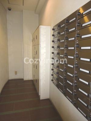 メールボックス及び宅配ボックスです