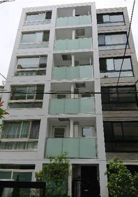 鉄筋コンクリート造地上5階建てです