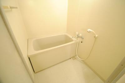 【浴室】ライブタウン津福B棟