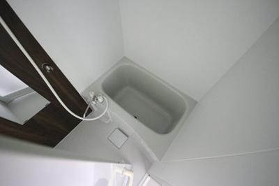 【浴室】ナカタカナモノビル