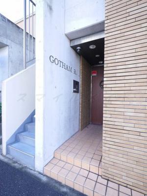 【エントランス】GOTHAM・R