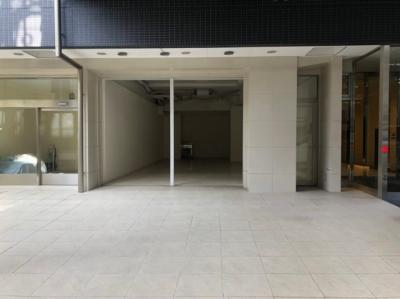 【外観】商店街・1階店舗・谷町六丁目・谷町六丁目駅