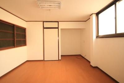【洋室】名古屋荘