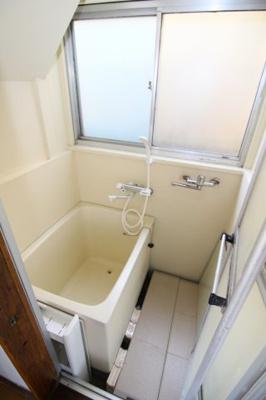 【浴室】日吉本町六丁目貸家