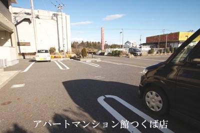 【駐車場】ミニョン ビエラ