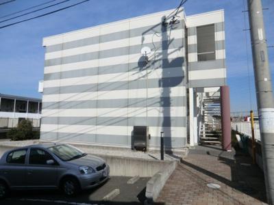 【エントランス】レオパレスカメリア五番館