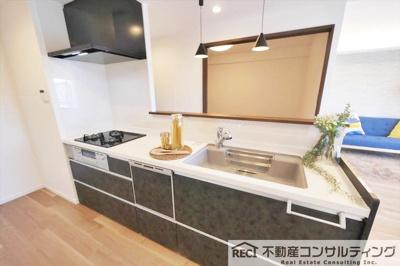 システムキッチン新調、食洗器付です。