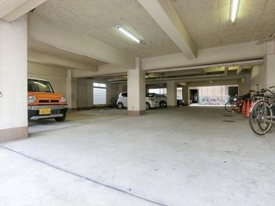 敷地内駐車場