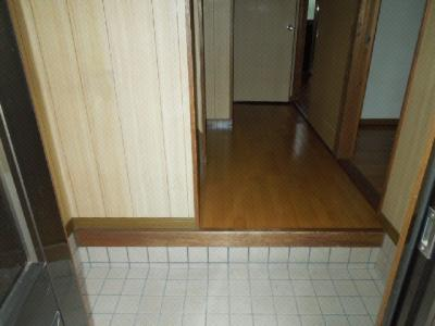 【玄関】南久米乃万借家(2階建て)・
