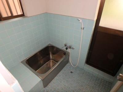 【浴室】南久米乃万借家(2階建て)・