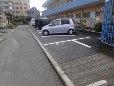 【駐車場】八束マンション・