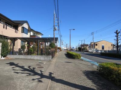 【前面道路含む現地写真】坂戸市にっさい花みず木売地