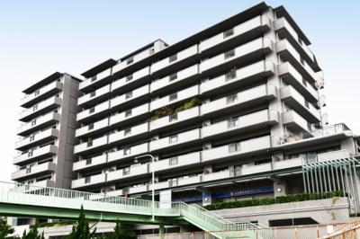 【現地写真】 総戸数53戸のマンションです♪