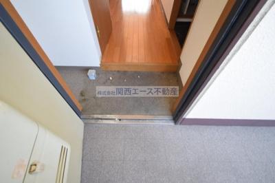 【玄関】フォルス新町Ⅱ