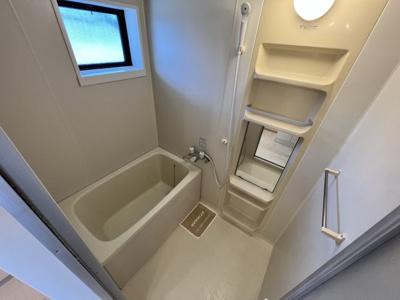 【浴室】カーサ・フォンテーヌA・B・