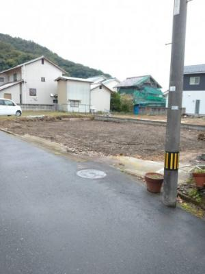 【前面道路含む現地写真】鳥取市立川町一丁目土地