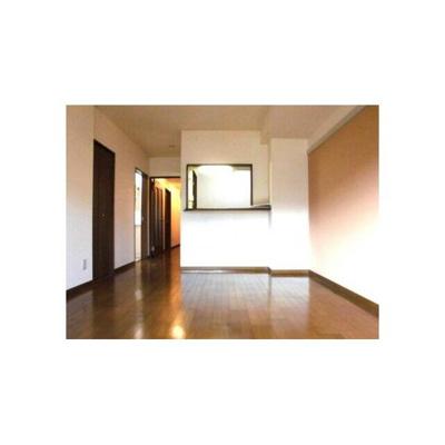 ヒロ末広の室内
