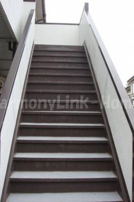 ハウス篠崎6号棟の階段☆