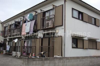 ハウス篠崎6号棟の外観は落ち着いています☆