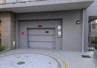 【駐車場】三軒茶屋シティハウス