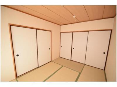 【寝室】HACHIBUSE高槻(ハチブセ)