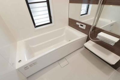 【浴室】枚方市北山1丁目 戸建