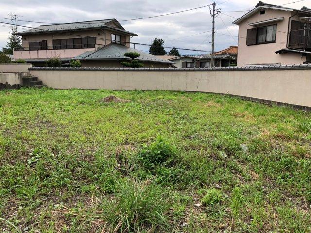 十分な大きさのお家とお庭が建てられます。