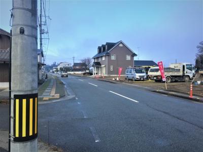 【前面道路含む現地写真】丹波篠山市沢田 分譲地